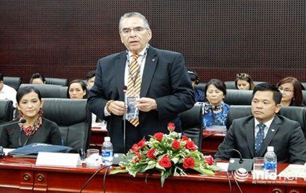 Theo ông Ron Gonzales, cựu Thị trưởng TP San Jose, Trưởng đoàn VNARP thì hiện BĐS Đà Nẵng đang có sức thu hút lớn đối với các doanh nghiệp người Việt tại Hoa Kỳ (Ảnh: HC)