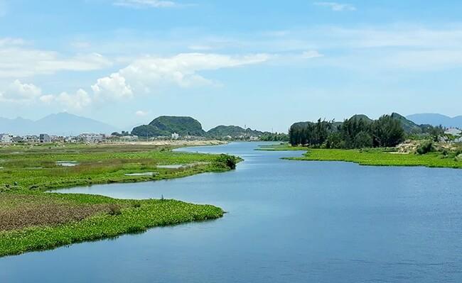 Một đoạn sông Cổ Cò chảy qua Đà Nẵng