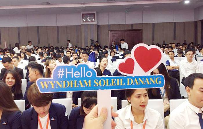 Gan 3000 Chuyen Vien Tu Van Bat Dong San Bung No Cung Wyndham Soleil Da Nang2
