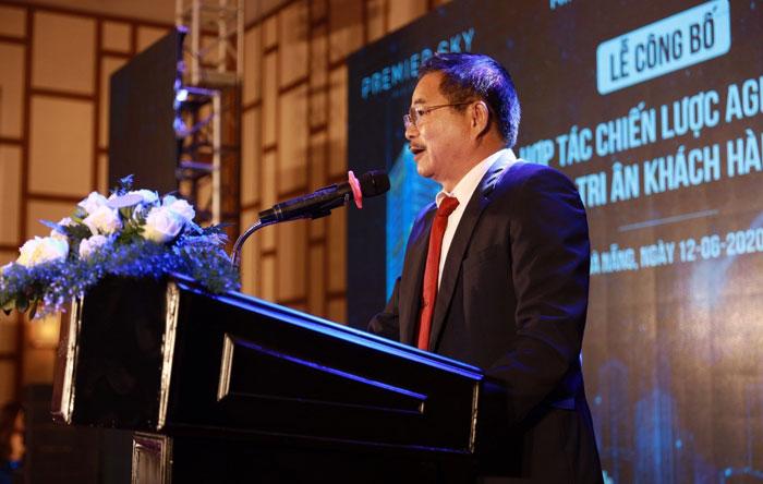 Ông Trần Ngọc Ân - Giám đốc Agribank chi nhánh TP Đà Nẵng phát biểu tại buổi ký kết