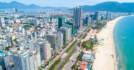 Tuyến đường biển Võ Nguyên Giáp được xem là 'mặt tiền' của thành phố Đà Nẵng.