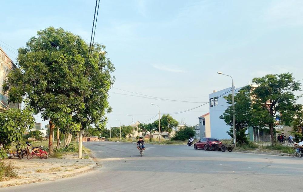 Hình ảnh Khu phố chợ Điện Nam Trung